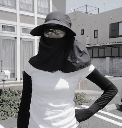 women-hat