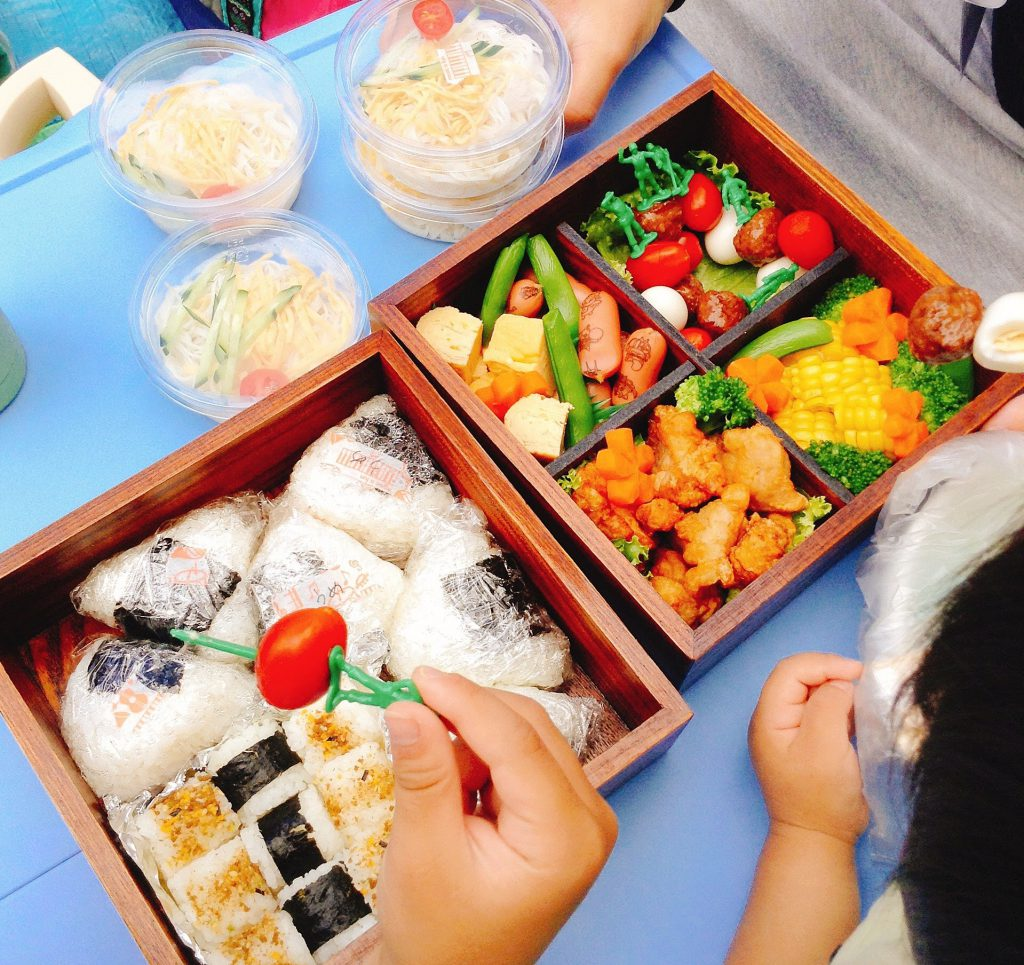lunchboxIMG_2013